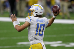 Sports Betting News: Herbert for ROY, Warriors Title Odds Dip, and More