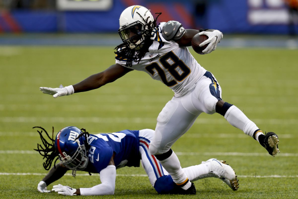NFL Best Pick of the Week: Tennessee Titans at Los Angeles Chargers