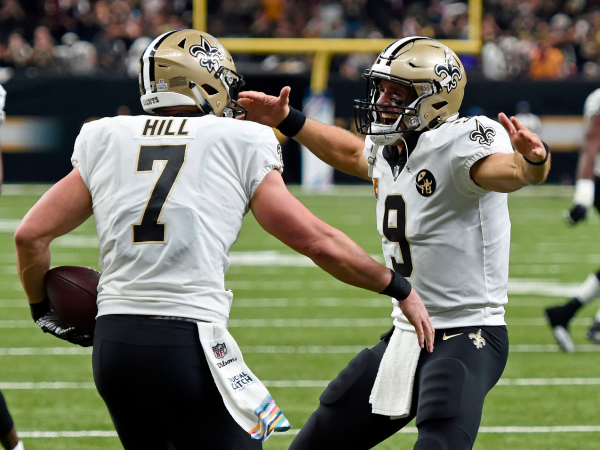 Saints Talking With Winston, Extend Hill