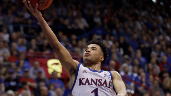 Texas Longhorns at Kansas Jayhawks Betting Preview