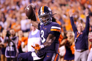 College Football Betting Pick: Virginia Cavaliers at Notre Dame Fighting Irish