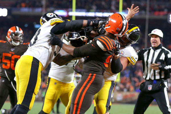 Steelers Without Pouncey For Divisional Tilt vs. Bengals
