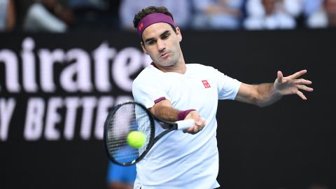 Federer Mounts Epic Comeback To Advance At Australian Open